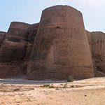 Dirawar Fort - Cholistan